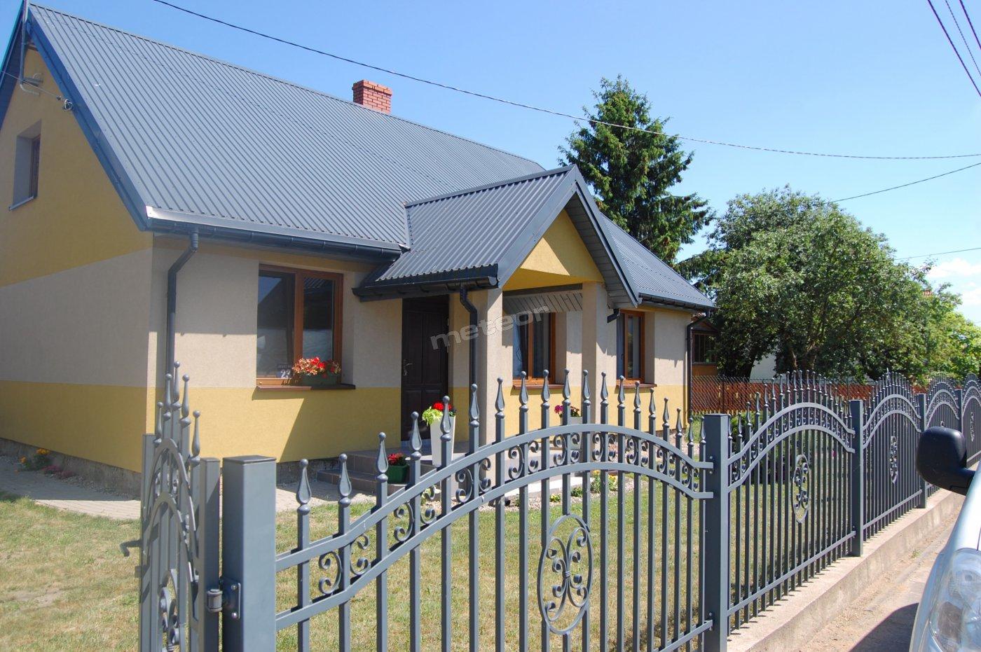 część frontowa domu