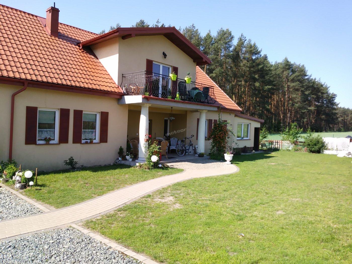 Dworek W Borówkach