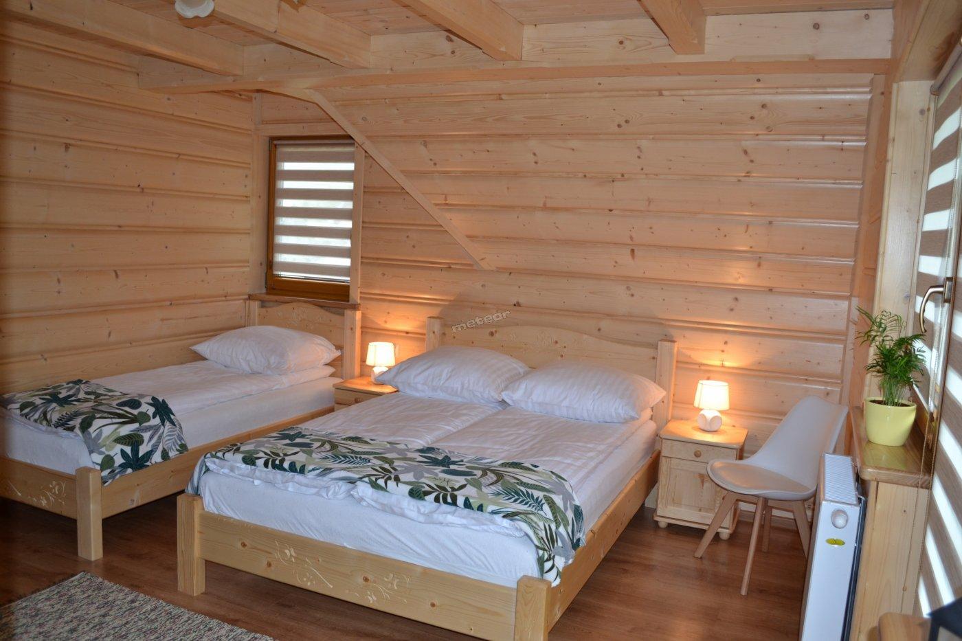 Sypialnia z balkonem/tarasem