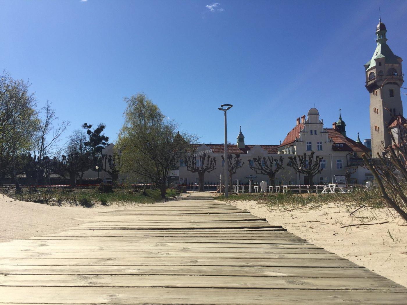 wejście (nr 23) z plaży bezpośrednio w Sopocie do SeaSide Sopot