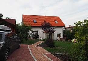 Dom pod Różami Agroturystyka Dorota Bamburowicz