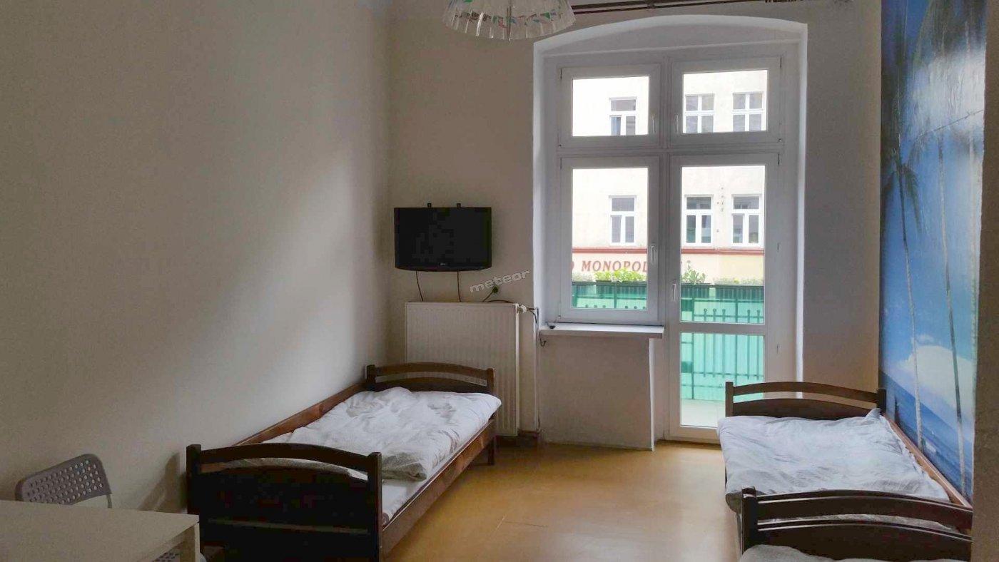 Mieszkanie 10-osobowe przy Żwirki i Wigury