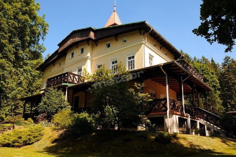 Szwajcarka w Kudowie - dom wypoczynkowy z klimatem