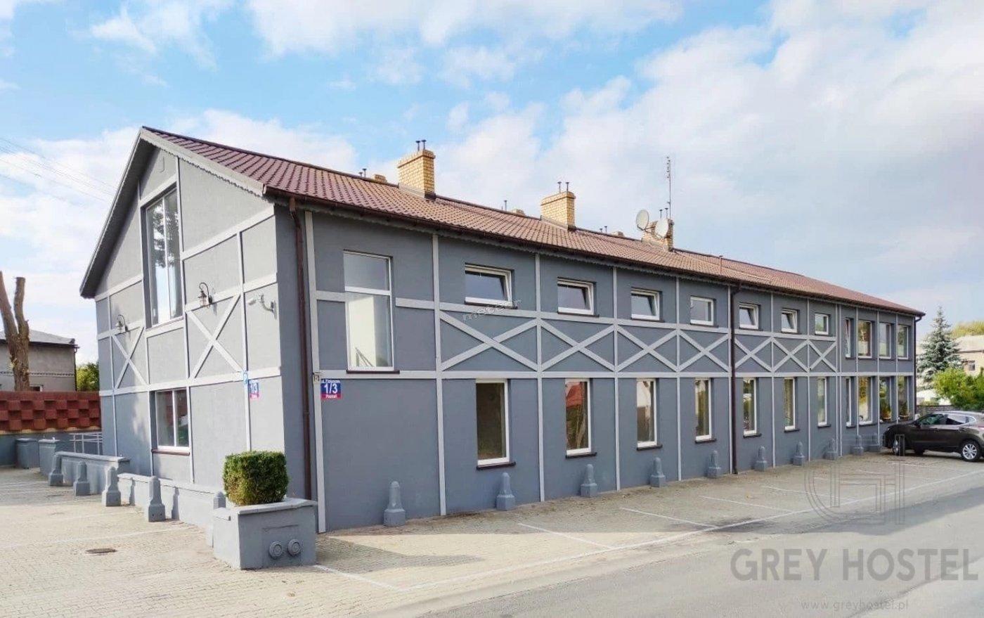 Grey Hostel- pokoje  z łazienkami