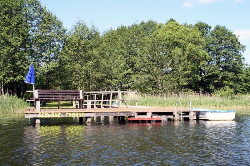 Bezpośredni dostęp do jeziora z własnym pomostem i przystanią