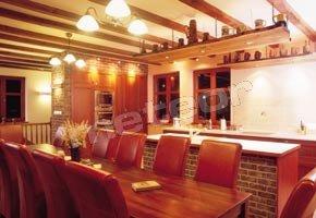 Całoroczny Dom Wakacyjny - kuchnia z jadalnią