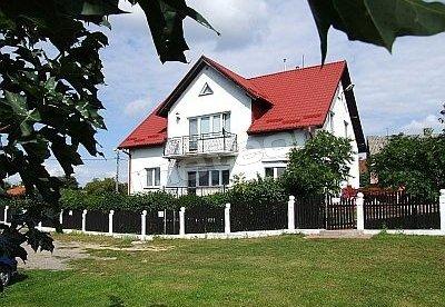 Dom z przodu