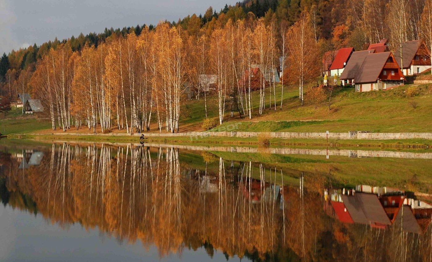 Domki jesienią