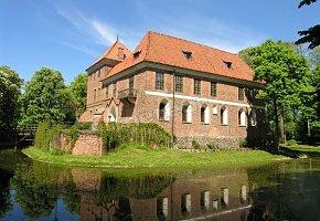 Muzeum - Zamek w Oporowie